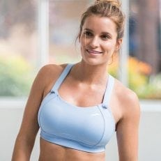 Brooks Moving Comfort Juno Sports Bra_Lifestyle